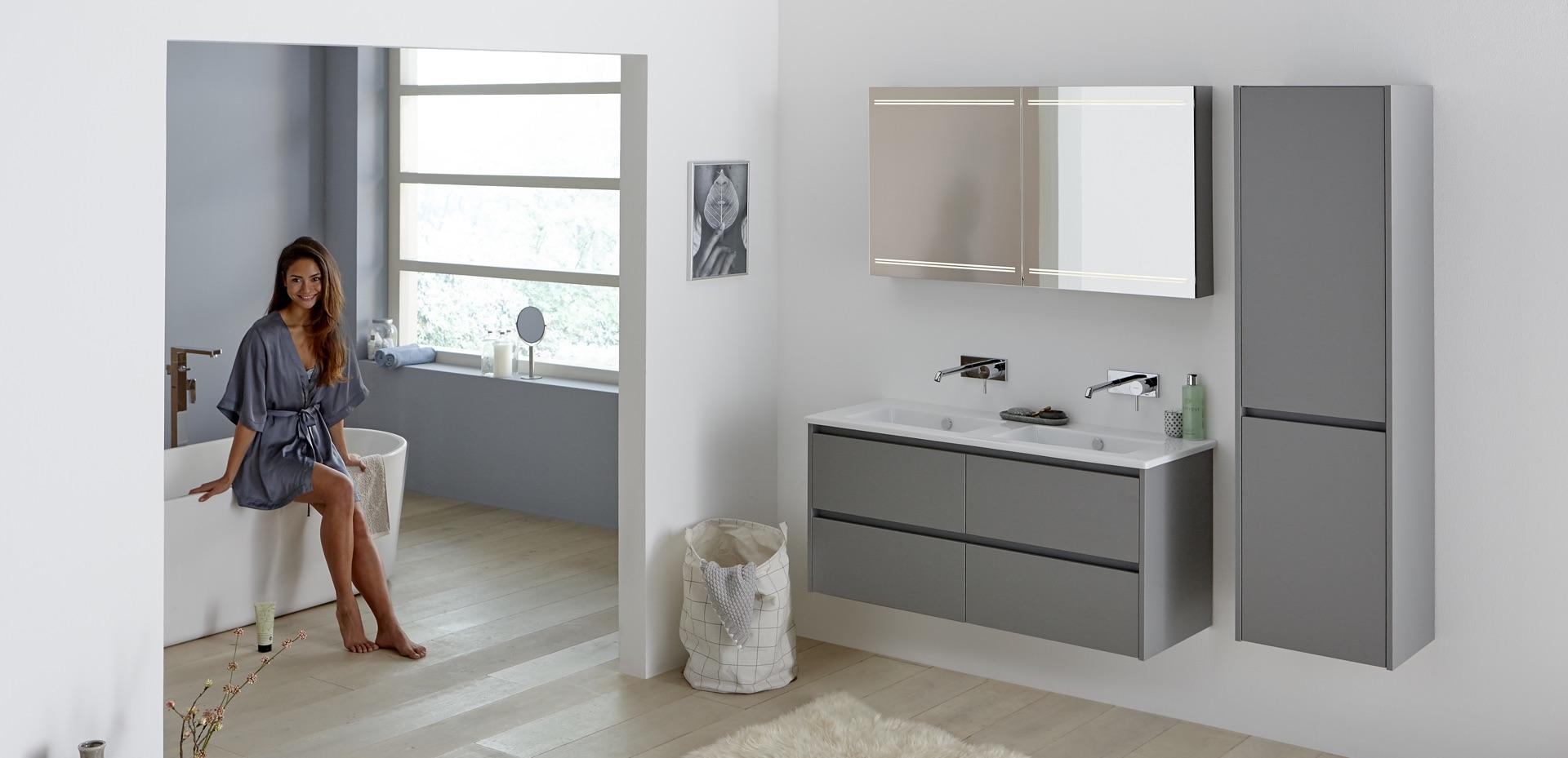 mijn-bad-in-stijl-badkamer-model-wit-grijs-blauw