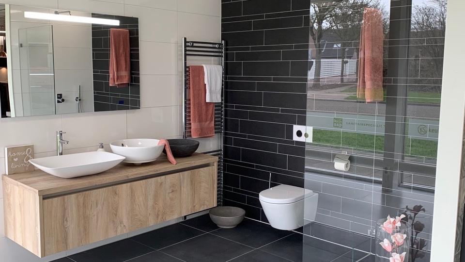 van-den-hazel-badkamers-mijnbad-in-stijl