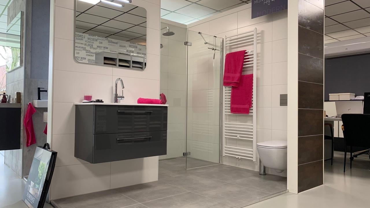 van-den-hazel-badkamers-showroom-badkamer-mijnbad-in-stijl