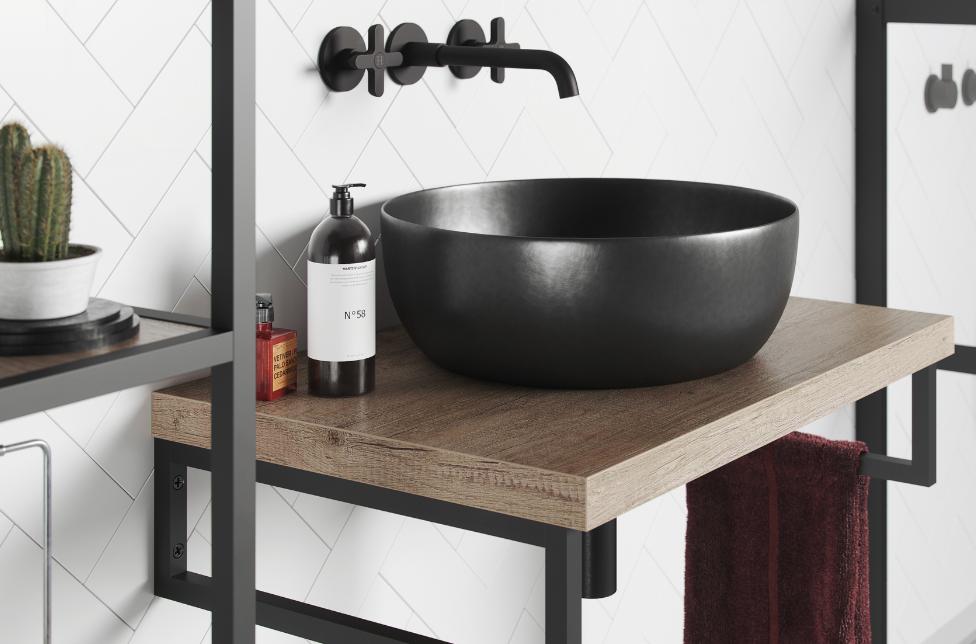 Mijnbadinstijl-moderne-badkamer-badkamerinspiratie-zwarte-wastafel