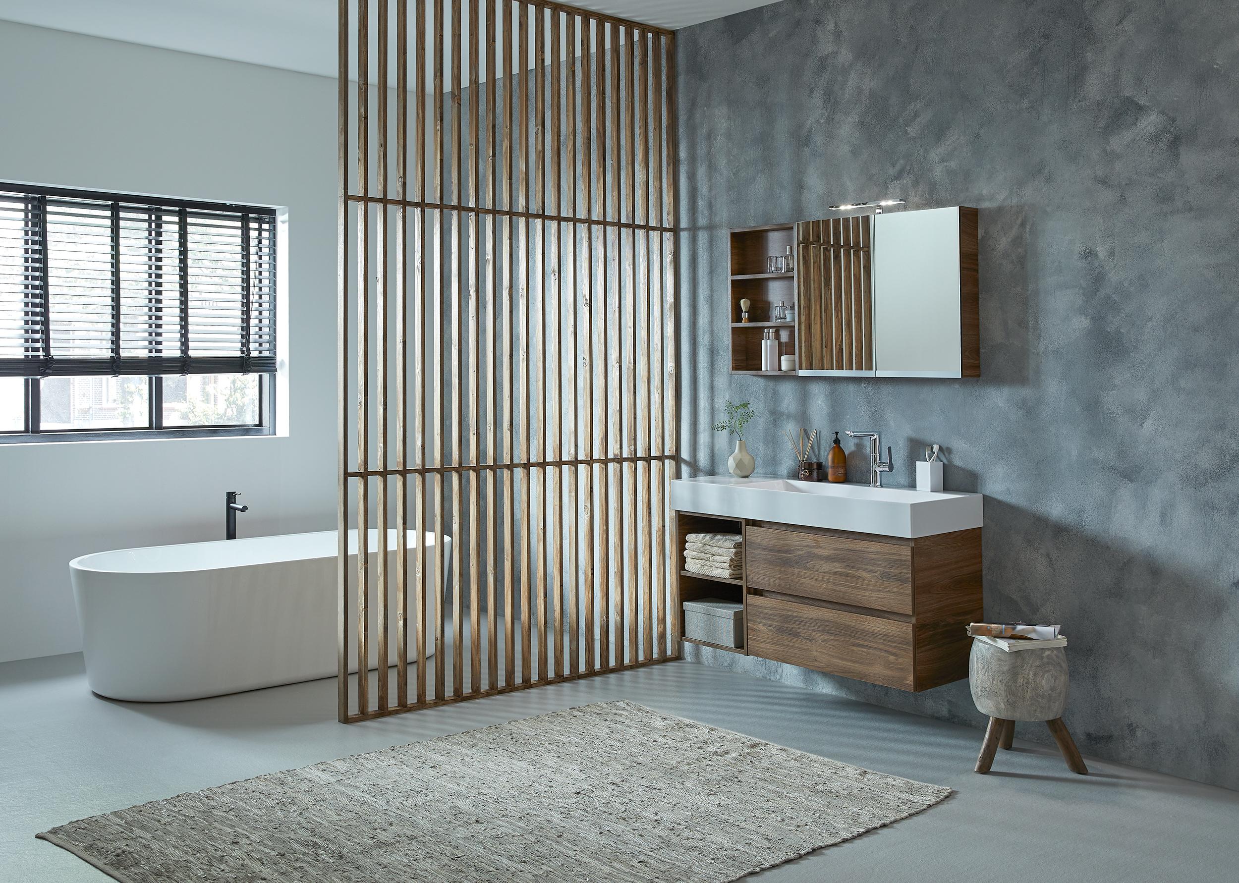 Mijn-bad-in-stijl-natuursteen-badkamer